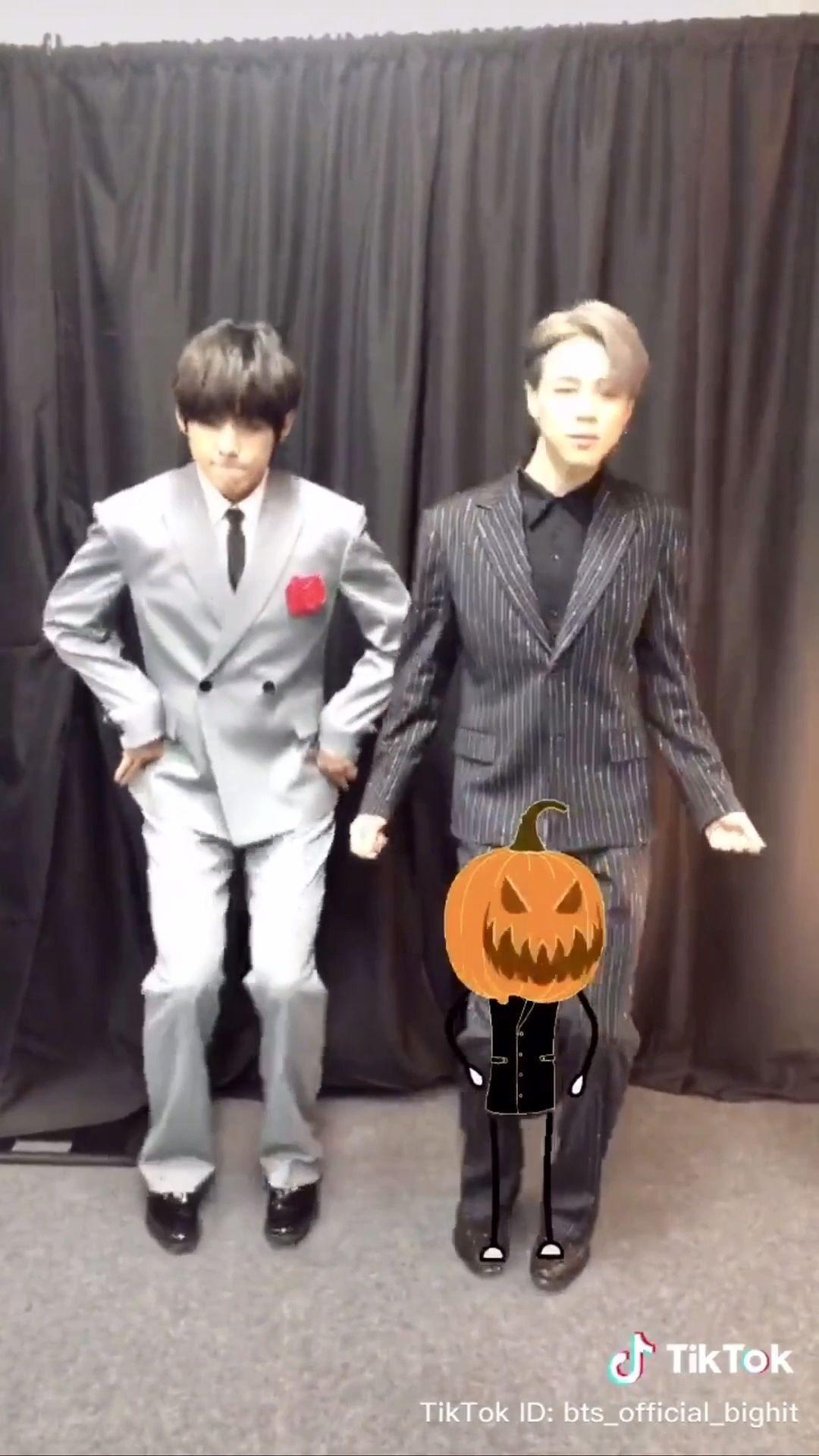 Holiday meme VMIN Tik Tok 191031 Halloween 🎃 BTS V