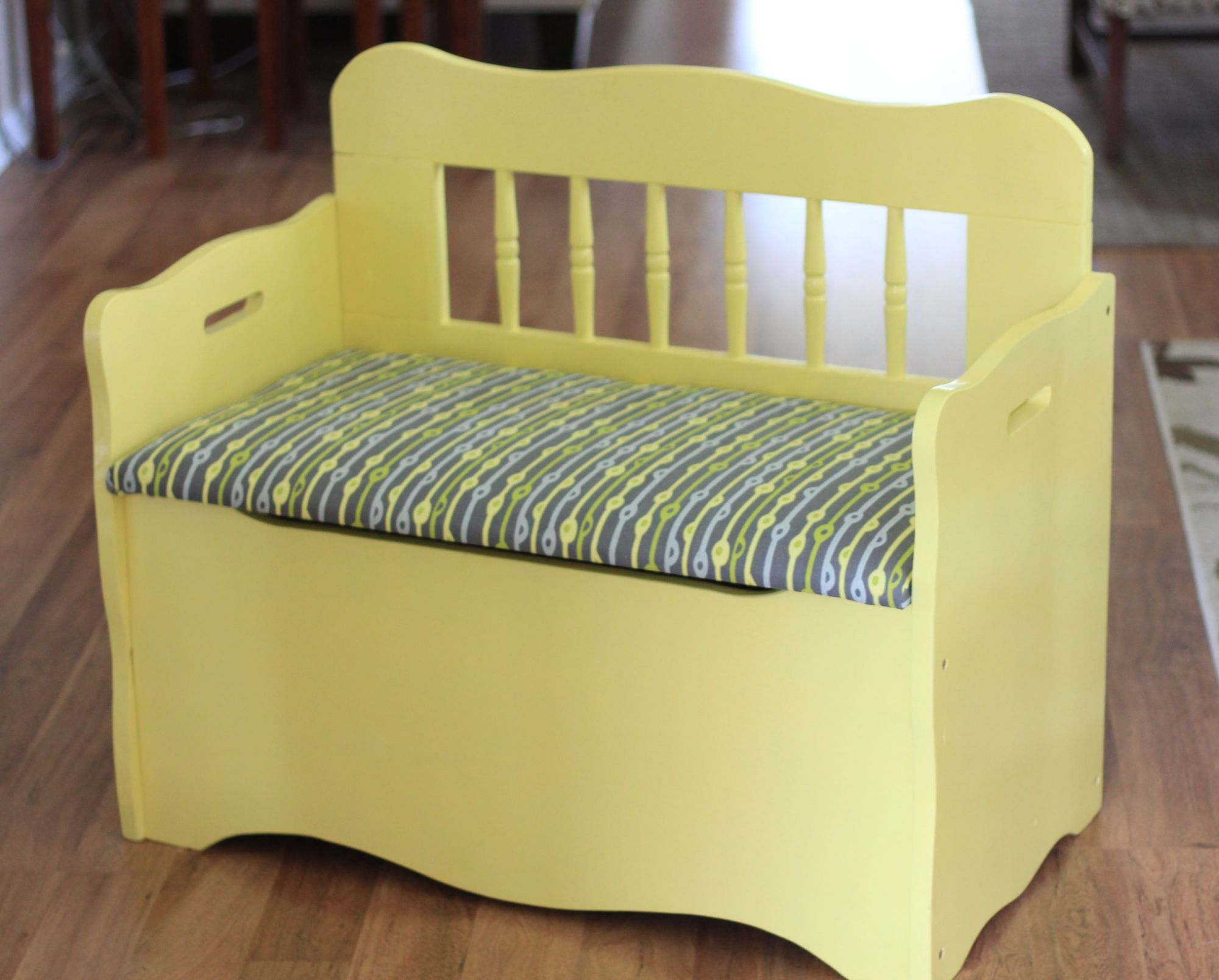 A Little Yellow Storage Bench Gets A Modern Touch Before After Kids Storage Bench Toy Chest Bench Wooden Toy Chest