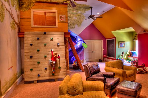 Ou a um pequeno sótão de madeira. | 31 maneiras geniais de trazer o playground para dentro de casa