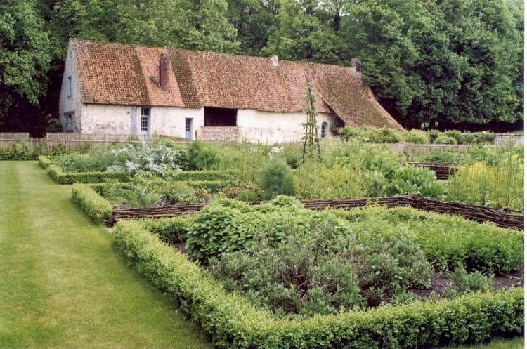 Des Idees Pour Les Fans De Jardin De Cure Jardin De Cure Jardin