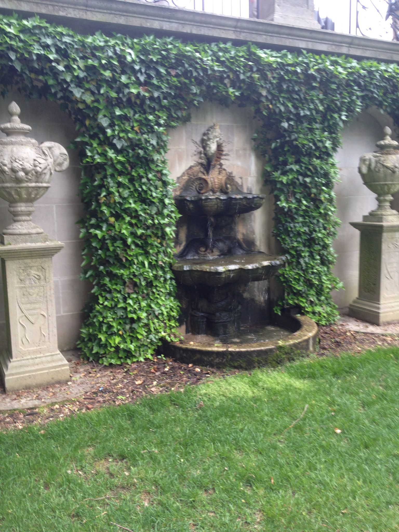italian water garden wall fountains water features pinterest. Black Bedroom Furniture Sets. Home Design Ideas