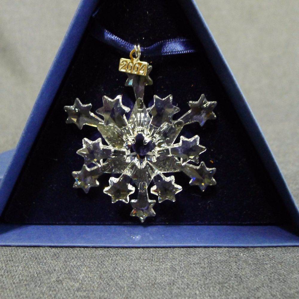 Swarovski christmas ornament 2004 - Swarovski 2004 Holiday Christmas Ornament Austrian Crystal Star Snowflake Boxed