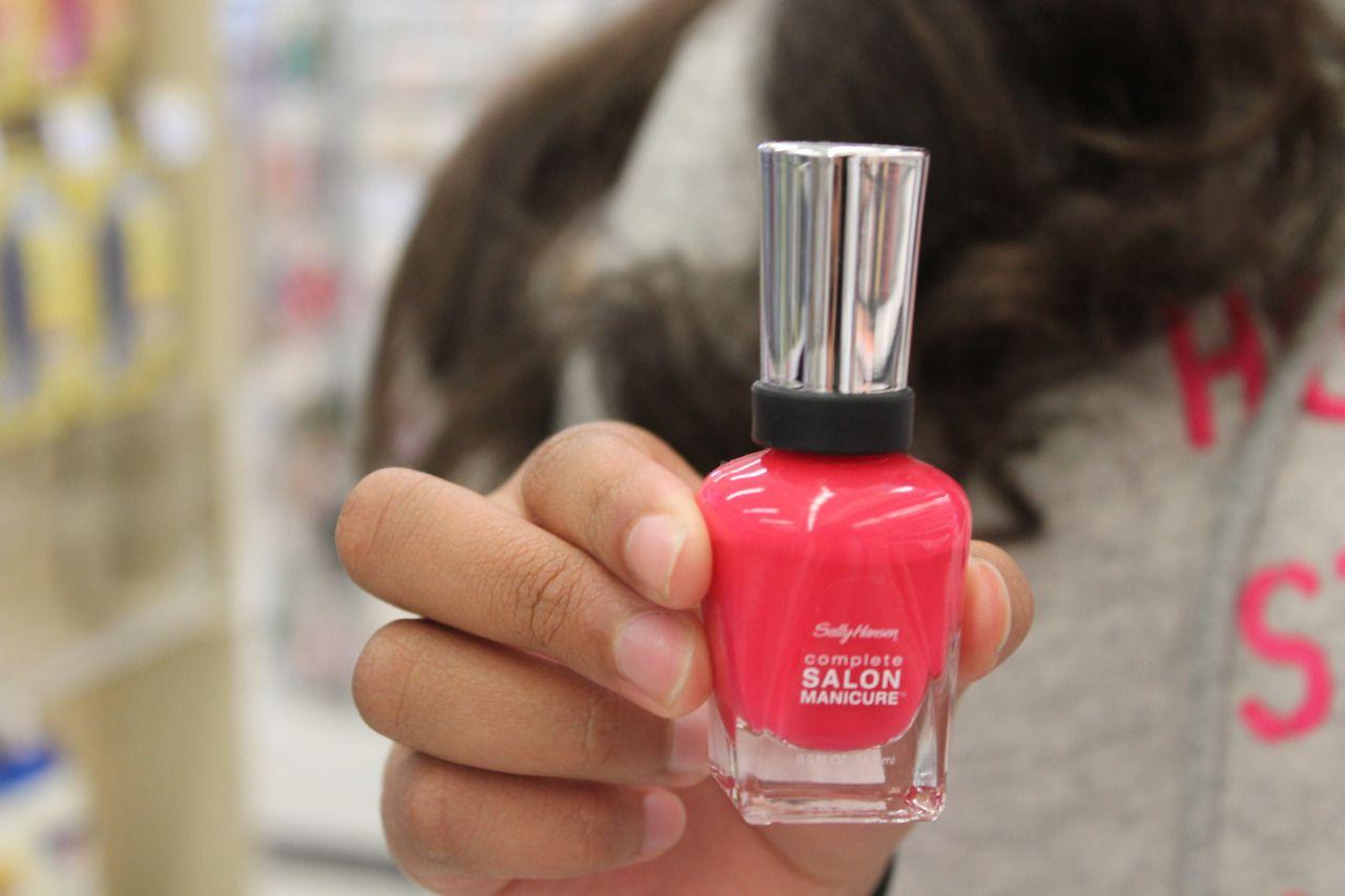 awkoh:  pink polish.