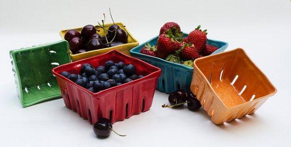 Ceramic Berry Basket, Berry Box, Fruit Basket, Fruit box, Berry Bowl, Colorful Ceramics, Strawberry, berry