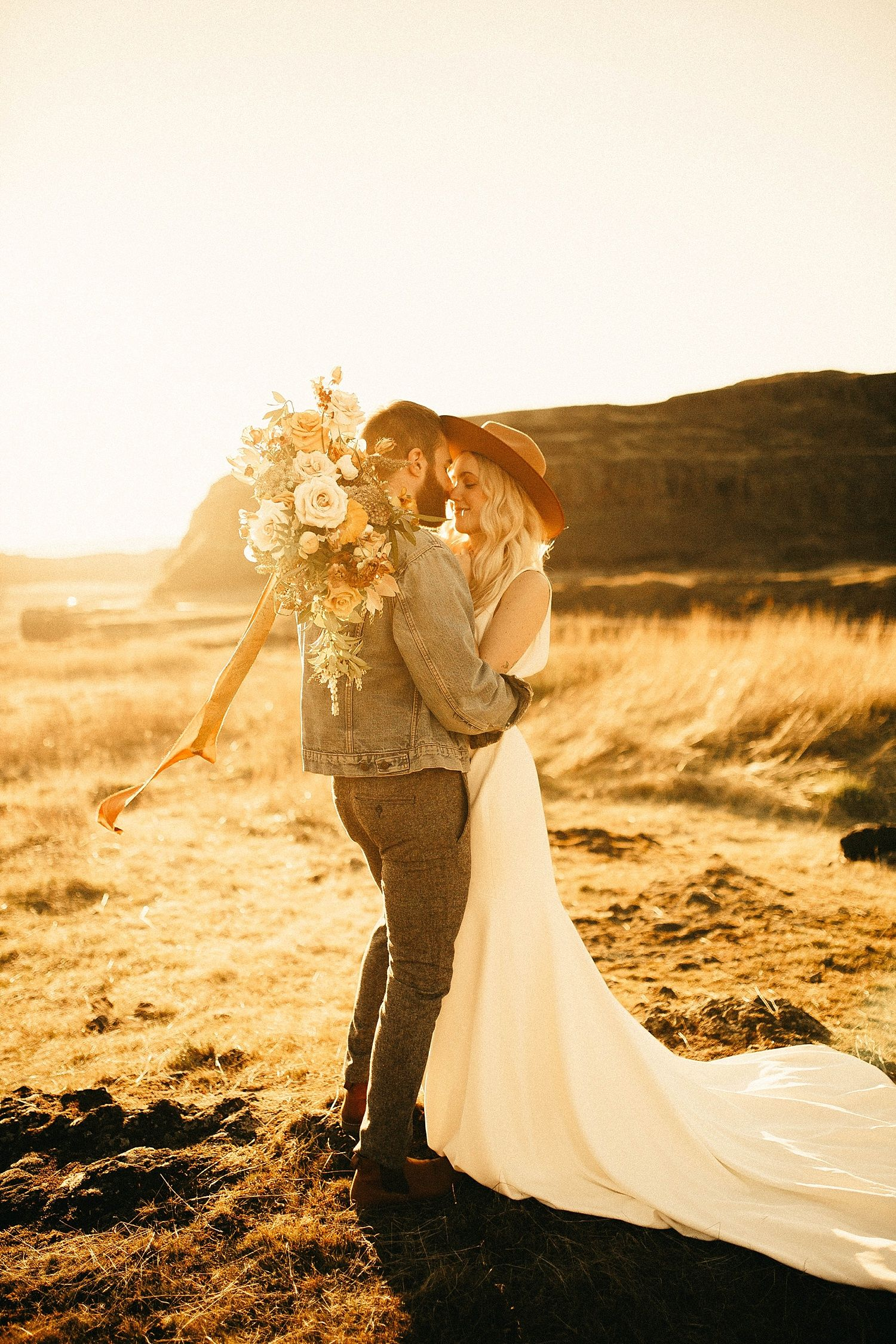 Oregon desert elopement andie avery photography pinterest