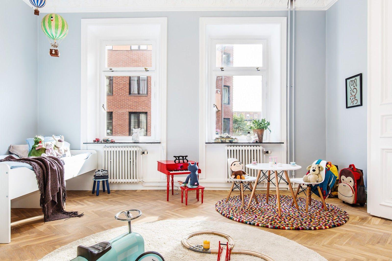 Casinha colorida: Home Tour: um apartamento sueco em tons pastel