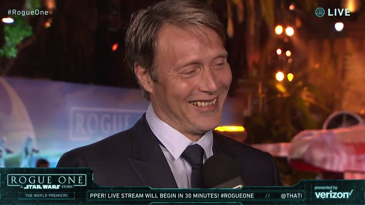 Mads Mikkelsen at the #RogueOne premiere in Hollywood!