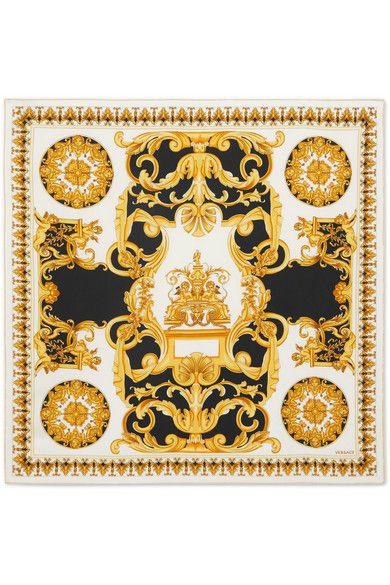 Foulard en soie imprimé - Versace   Luxury a6fec04b19e