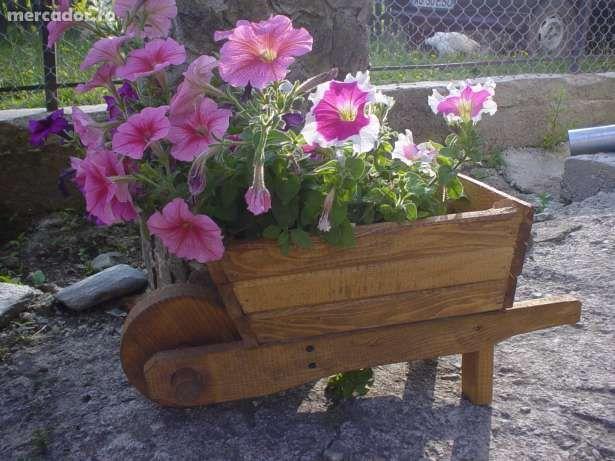 Como diseñar el jardín con macetas de diferentes formas diseño