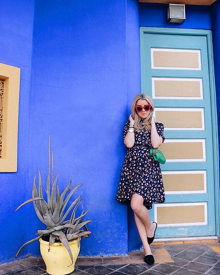 Get this look: http://lb.nu/look/8704397  More looks by Joicy Muniz: http://lb.nu/joicymuniz  Items in this look:  Numph Dress, Twinset Bag   #chic #retro #vintage #morocco #majorelle #prints
