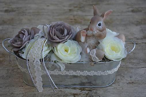 HomeDECOR8 / Veľkonočný aranžmán so zajkom