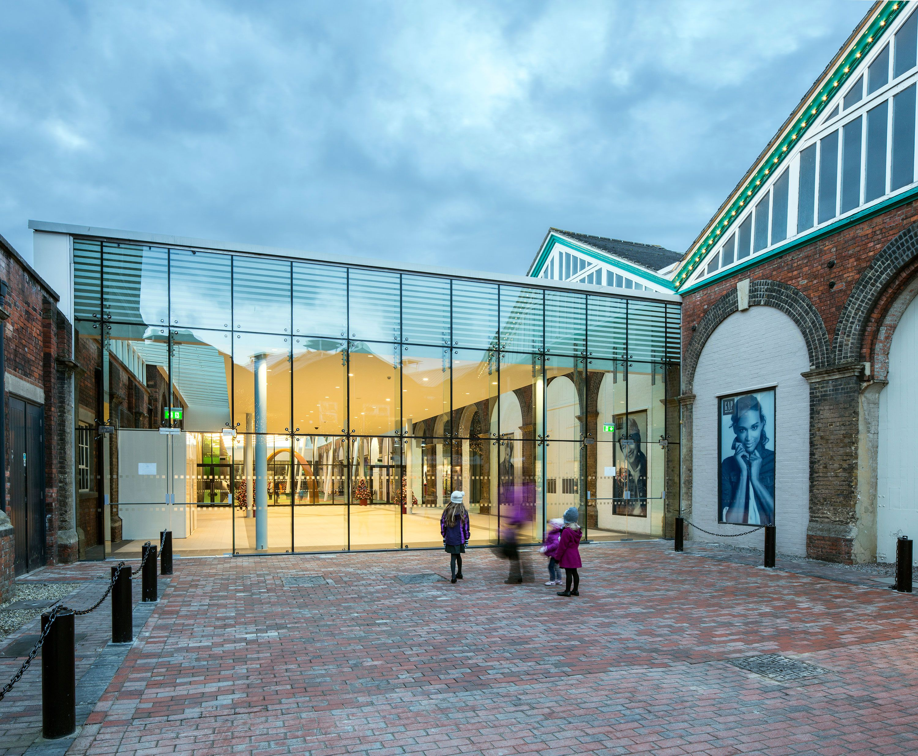 Swindon Designer Outlet Northern Entrance Pod Architect Wwwpod Architectscom