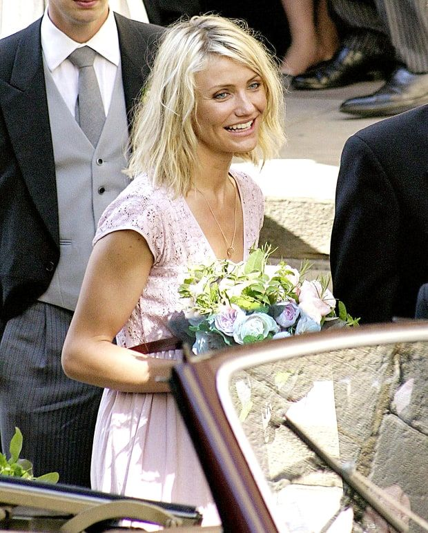 Down The Aisle Serena Wiliams And More Celebs Who Ve Been Bridesmaids Famous Wedding Dresses Bridesmaid Bridesmaid Pictures