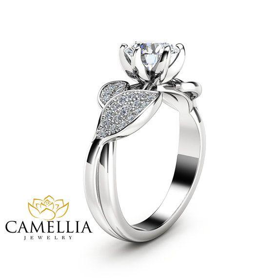Natur inspiriert Moissanite Verlobungsring von CamelliaJewelry
