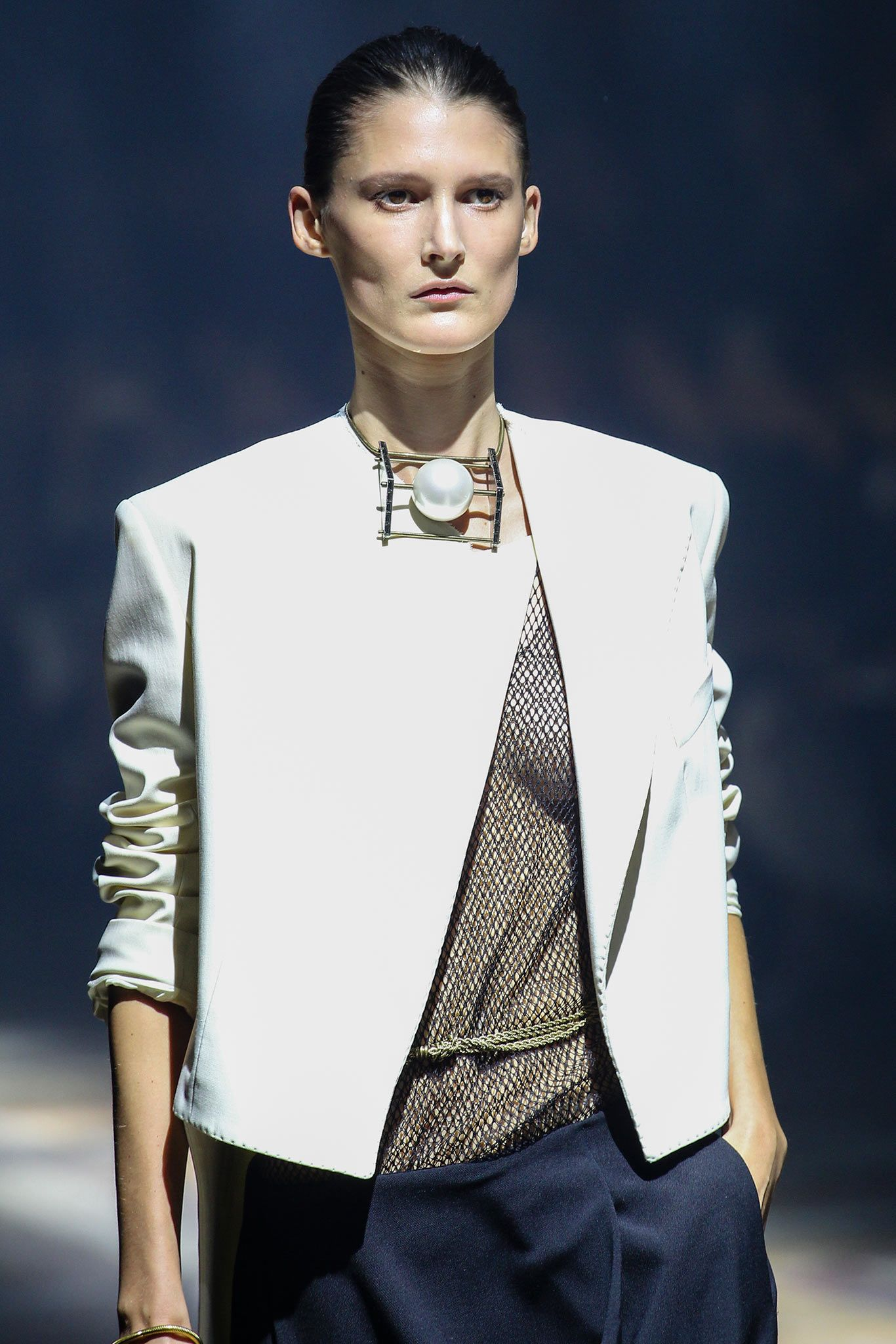 Lanvin Spring 2015 Ready-to-Wear - Details - Gallery - Look 1 - Style.com