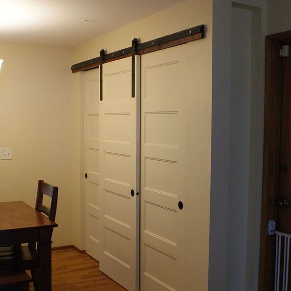 how to build a barn style door