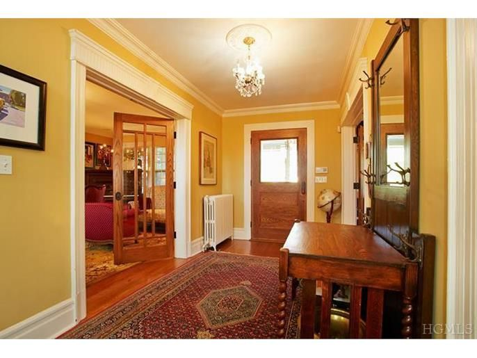 59 elk ave new rochelle ny 10804 arts crafts inspired colonial 59 elk ave new rochelle ny 10804 malvernweather Choice Image