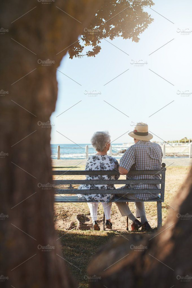 Senior Couple Sitting On Bench People Photos Peopledrawing People Drawing Sitting Person Sitting Drawing People Old Couples