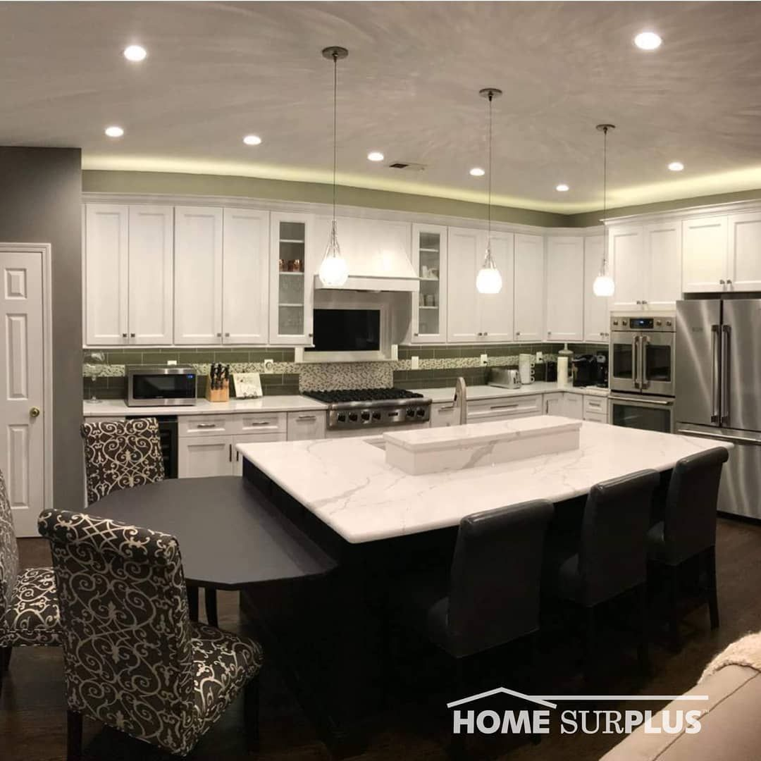 Stunning Custom Kitchen By Wbccllc Who Doesn 39 T Love That Island Homesurplus Trending Housegoals Modernhome Custom Kitchen Kitchen Kitchen Cabinetry
