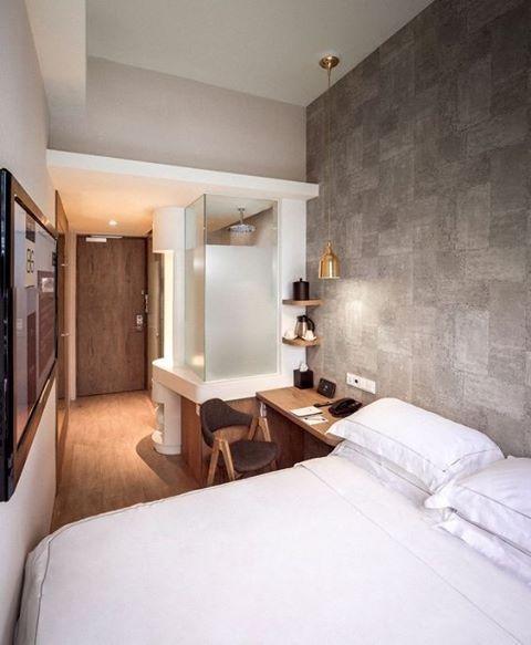современные спальни дизайн: Смотрите это фото от @decorandocomclasse на Instagram