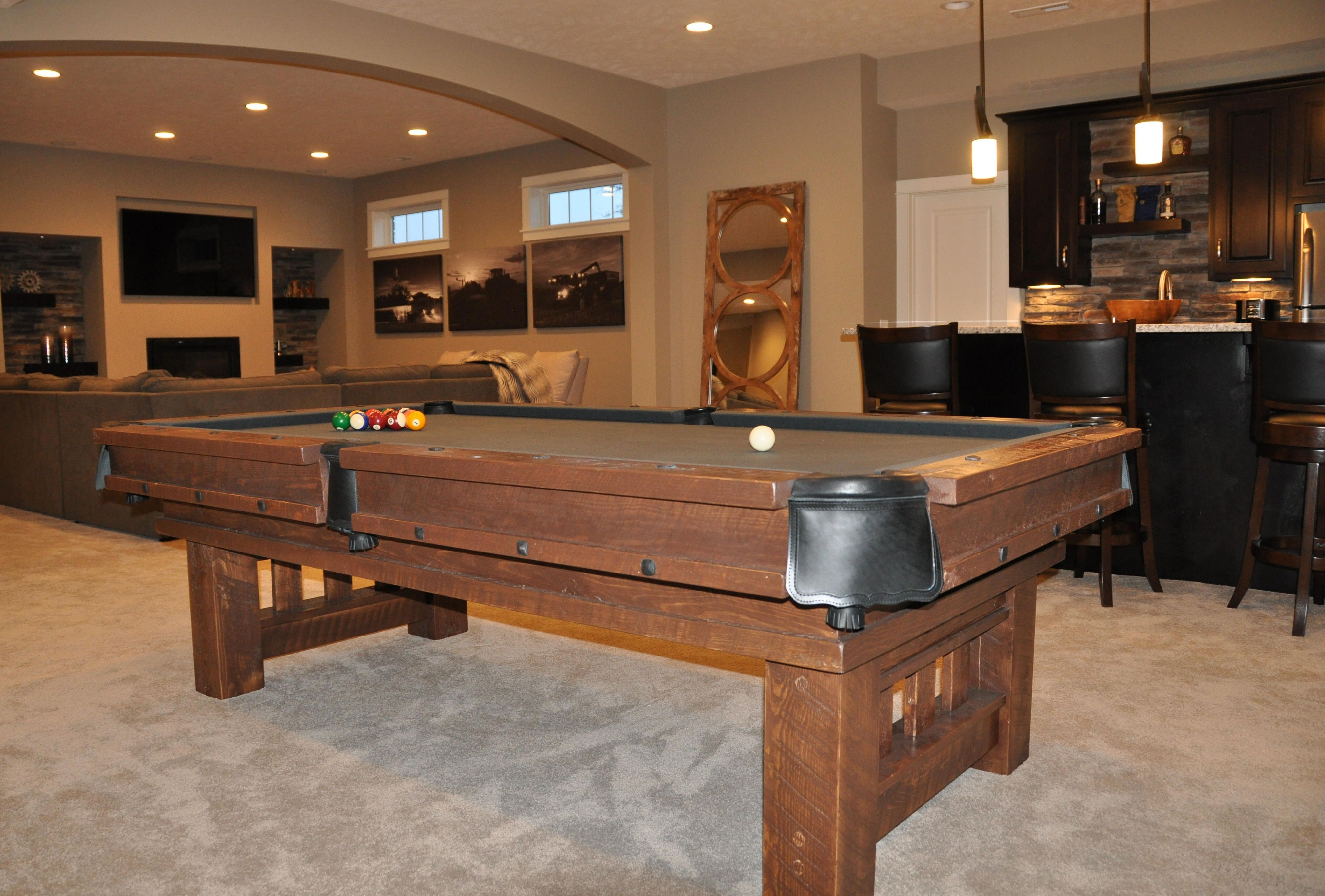 Amazing Accessories U0026 Furniture, Eye Catching Pool Table Design With Vintage Pool  Table On Beige Rug And Enchanting Black Wooden Bar Island Complete With  Wooden Bar ...