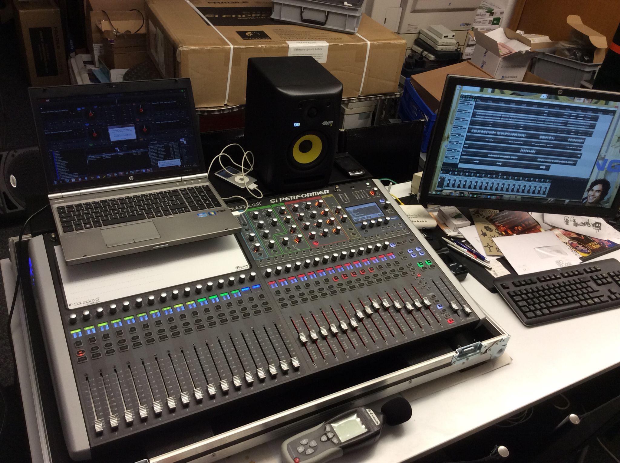 Studio Mixing Mastering Und Recording Mit Dem Soundcraft Si Performer 3 Ein Tolles Teil Sound System System Sound