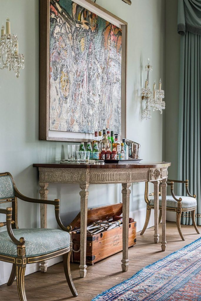Old English Drawing Room: An Old Fashioned English Country House