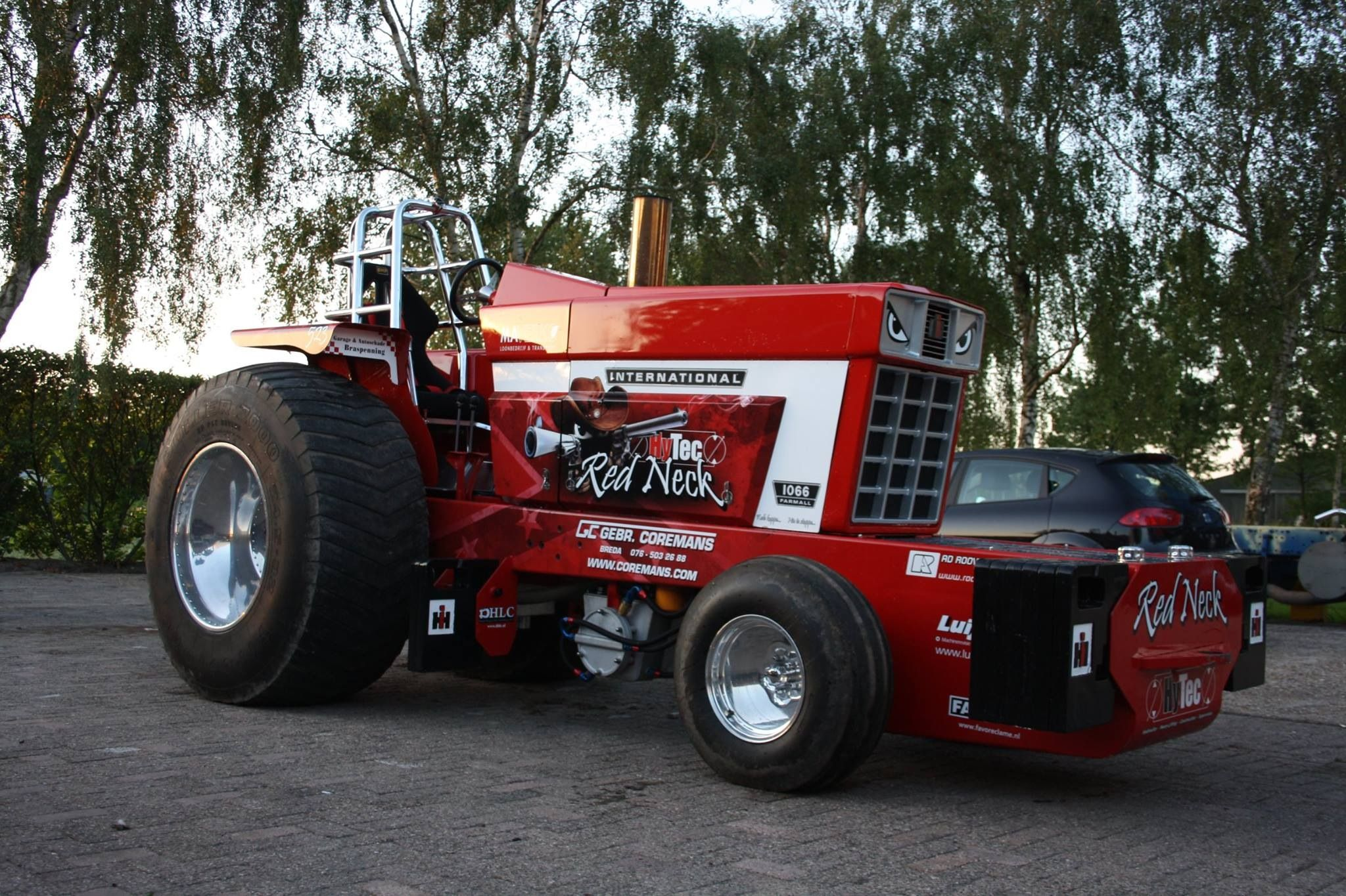 Ih Pulling Tractors : Hytec red neck tractor pulling pinterest