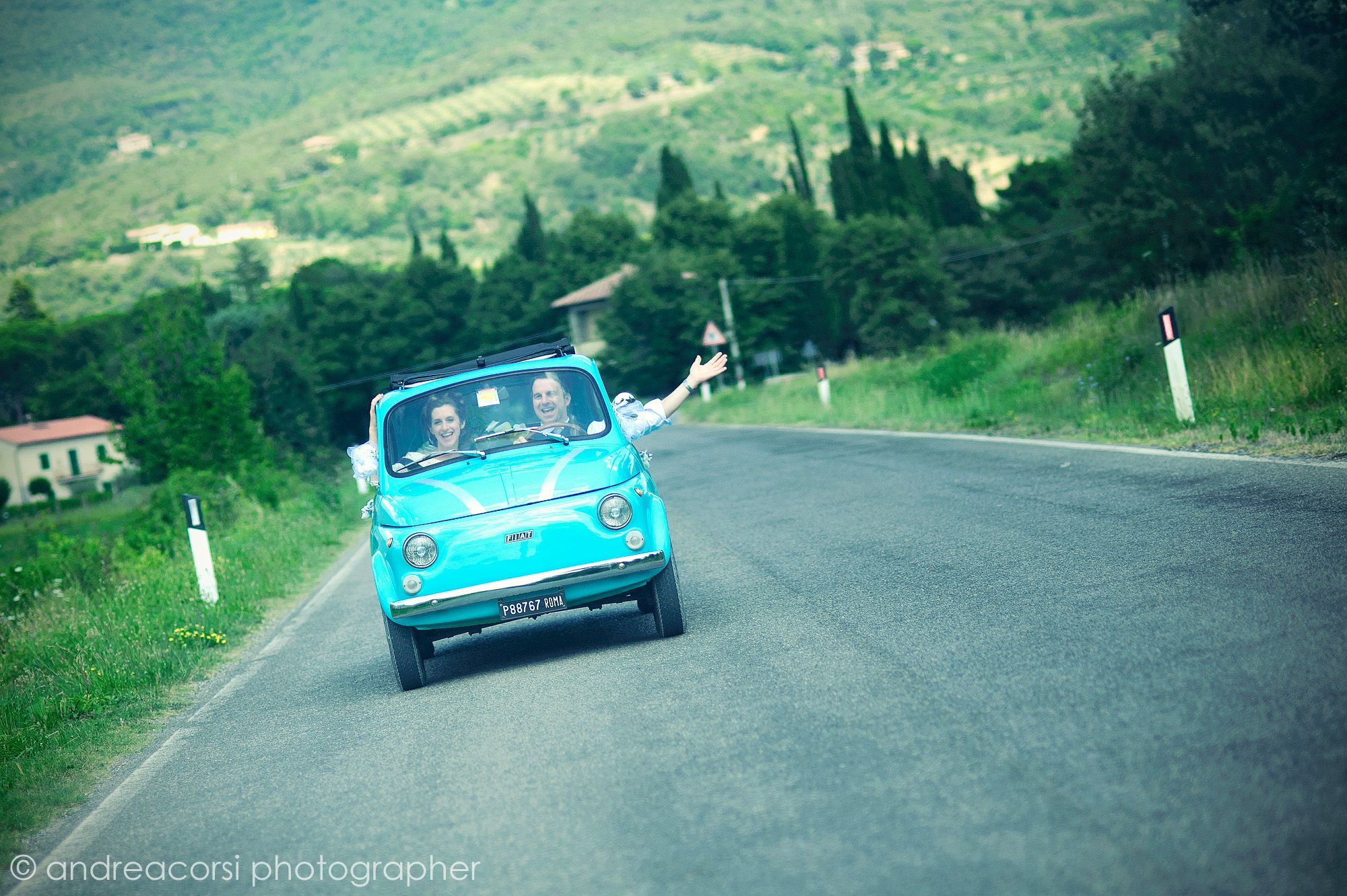 Vintage Fiat 500 in the tuscan countryside....pricelss