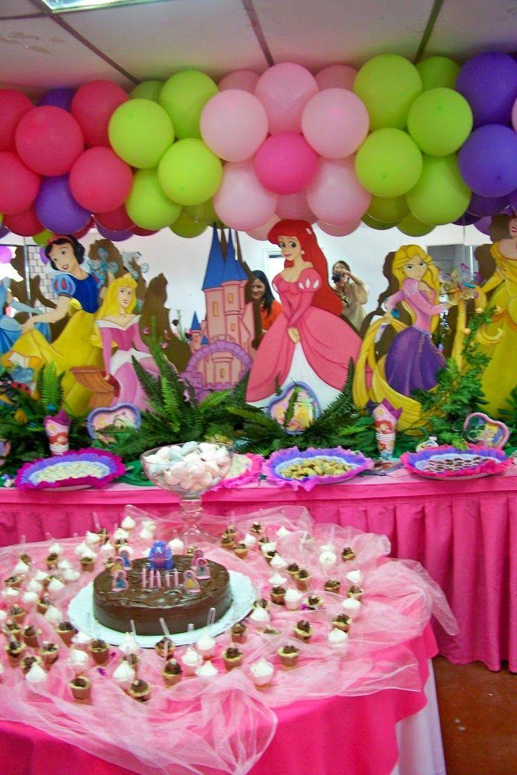 Fiestas infantiles de princesas disney fiesta princesas - Mesas infantiles disney ...