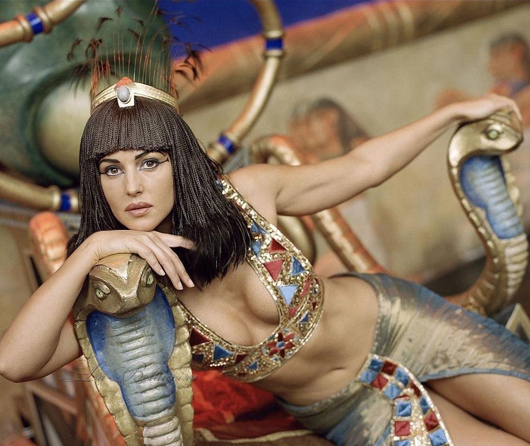 Monica Bellucci Monica Bellucci Monica Italian Actress