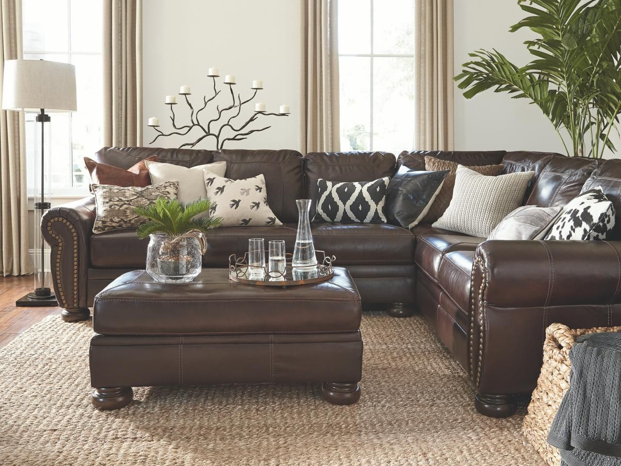 Simple Hot Chocolate Three Ways Brown Leather Living Room