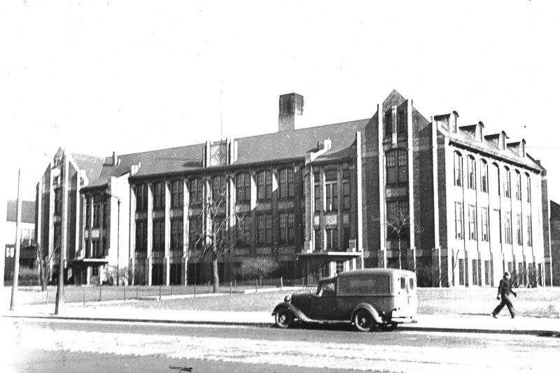 pictures of schools built in detroit during 19171935