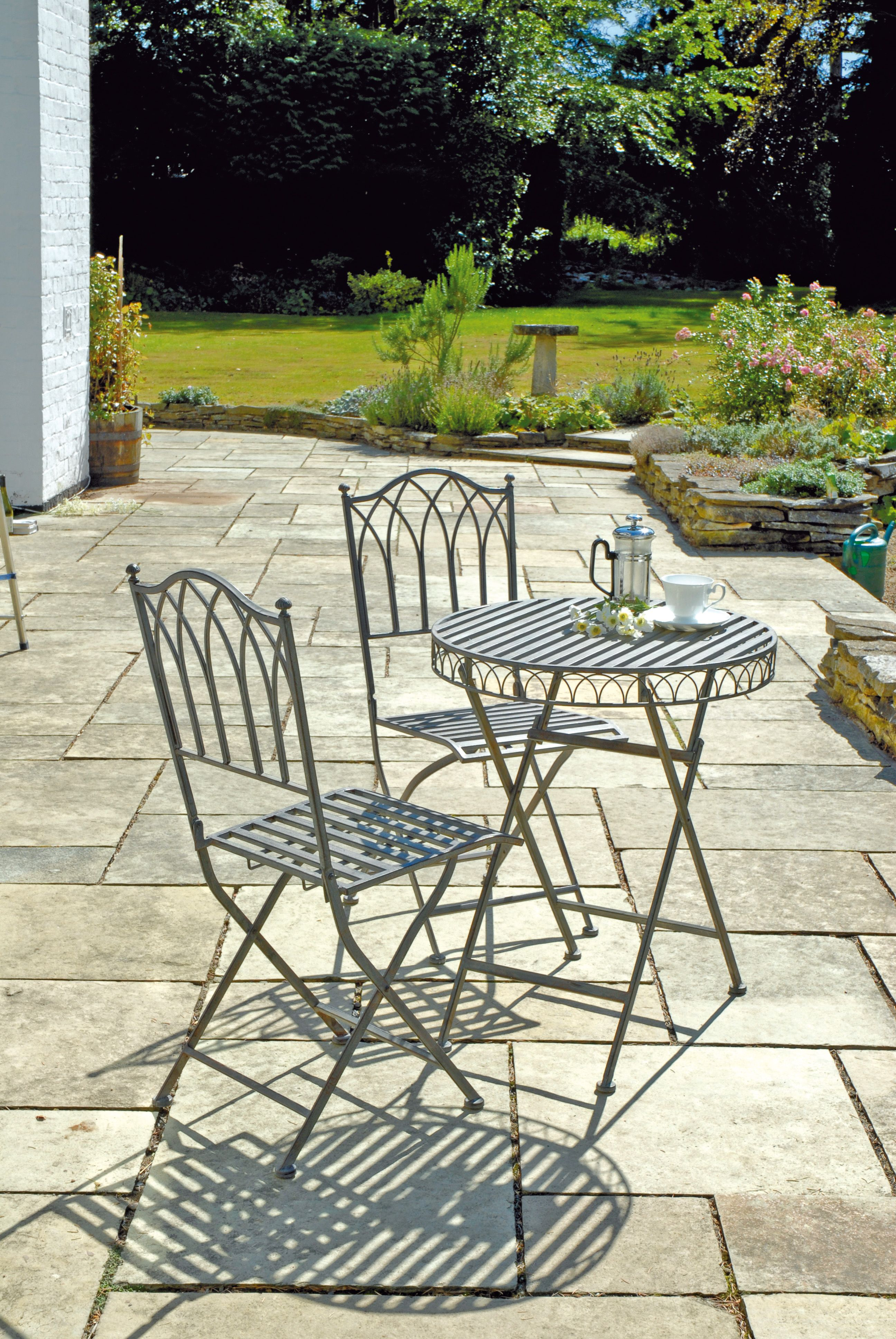 UK Gardens Ornate Grey Metal 3 Piece Folding Garden Bistro Set   60cm Garden  Table