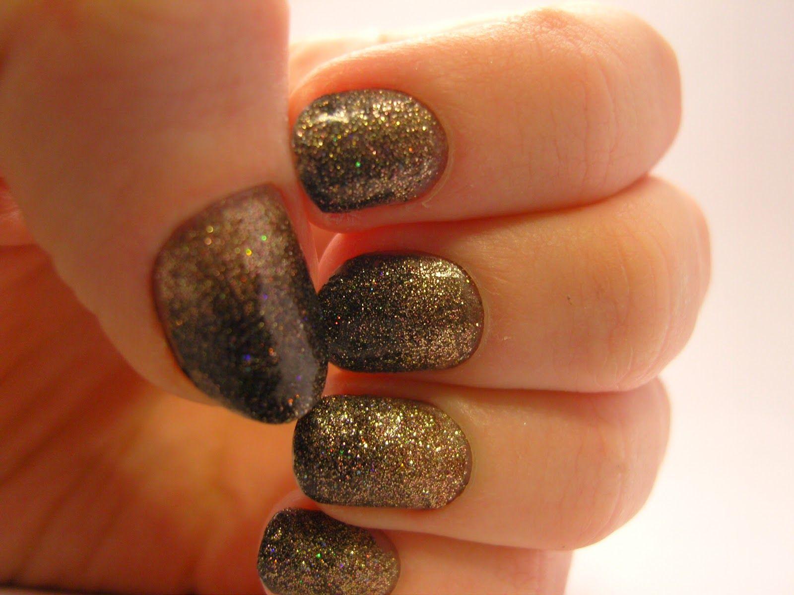 Notes and Nails: Black + Nude Glitter Ombre Nail Art | Nails ...
