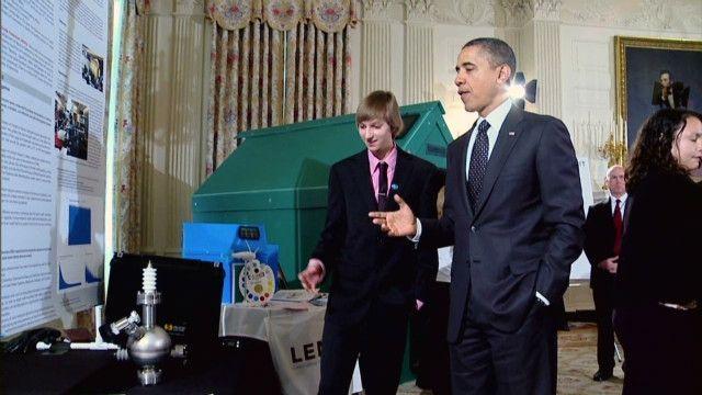 ADOLESCENTE CONSTRUYE UN REACTOR NUCLEAR - via http://bit.ly/epinner