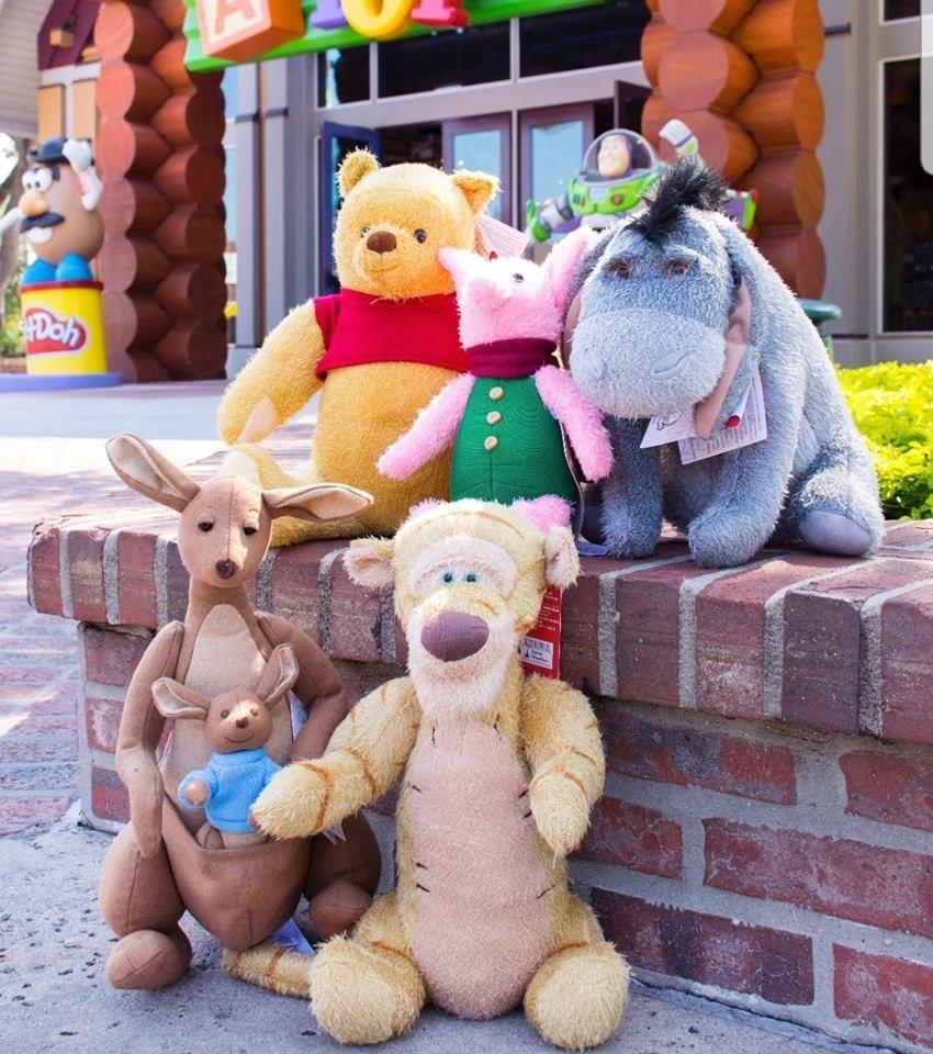Winnie The Pooh Disney Christopher Robin movie Plush Tigger