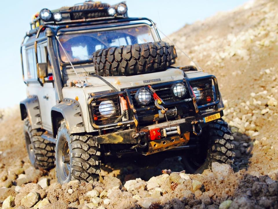 Land Rover Defender D90 Based On A Axial Scx10 Chassis Build By
