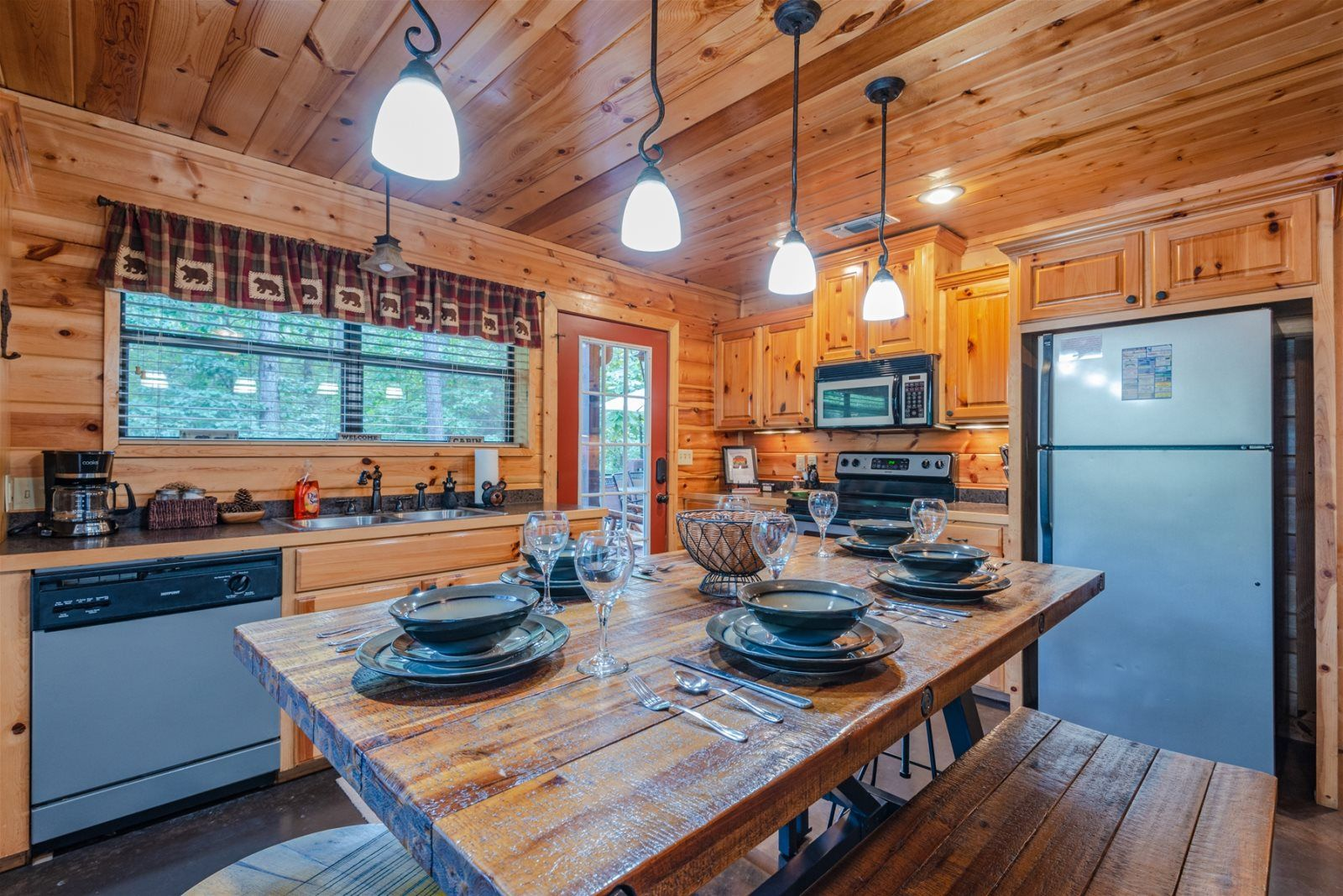 Happily Ever After   Beavers Bend Luxury Cabin Rentals