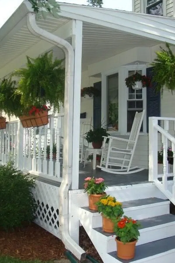 ✔15 White Farmhouse Front Porch Design Ideas that will Amaze Anyone Who See it #farmhouse #frontporch #porchdesign #porchideas #homedecor #white #small #large #homeideas #decoration | flamming.com