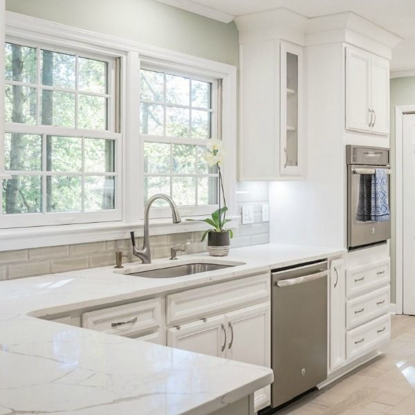 """25 Absolutely Gorgeous Transitional Style Kitchen Ideas: Julian Price House Kitchen Of """"Hoarders"""" Fame: Timeless"""