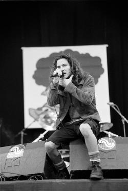 Eddie Vedder on stage
