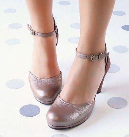 c789727dce3 Chie Mihara    Colección Zapatos Casuales