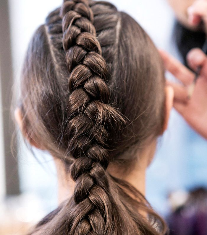 15 Cool Braids That Are Actually Easy We Swear Hair Styles Peinados Hair Styles Curly Hair Styles