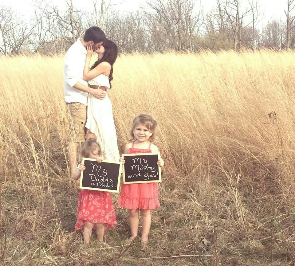 Small Family Wedding Ideas: Engagement Picture With The Kids! Blended Family