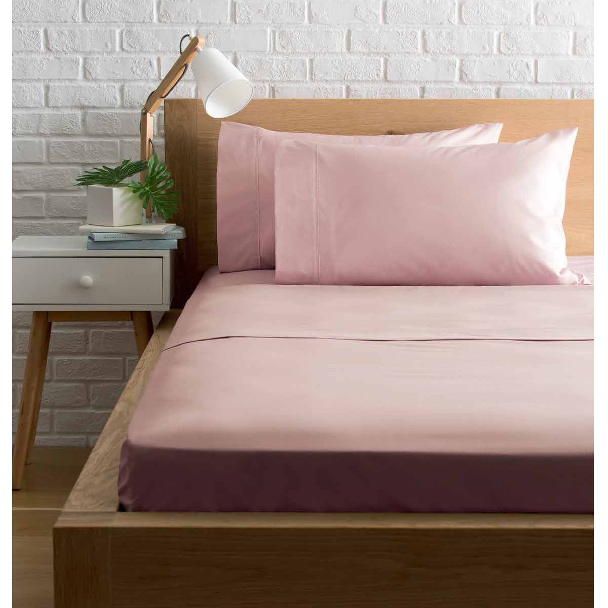 225 Thread Count Fitted Sheet Queen Bed, Pink Bed