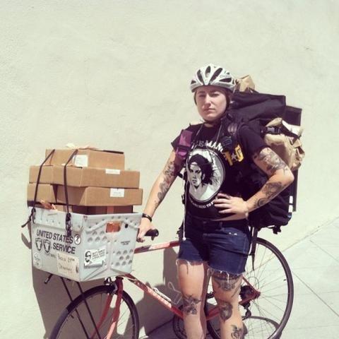 Bike Messenger With Cetma Rack In San Francisco Bike Courier