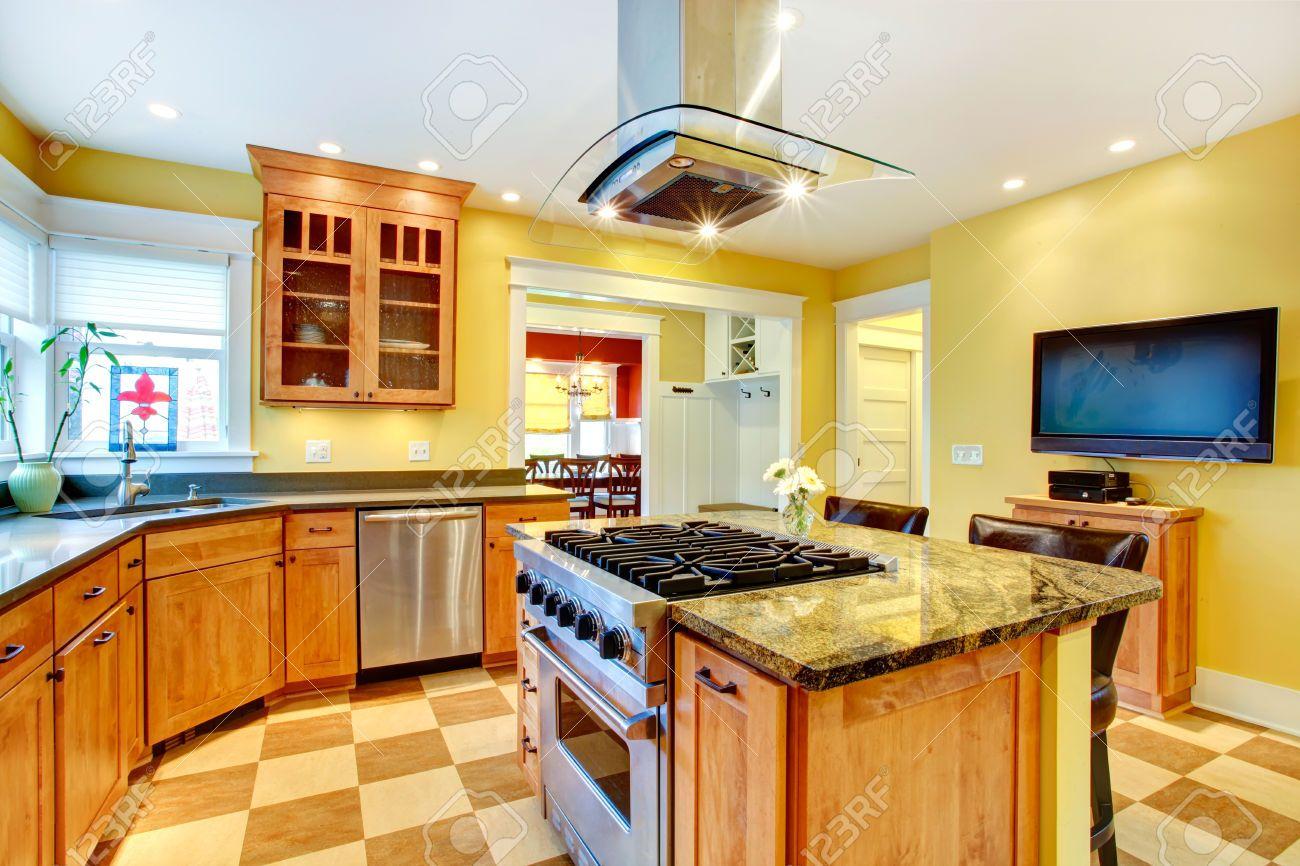Cocinas con estufa en isla buscar con google cocinas for Feng shui colores casa interior