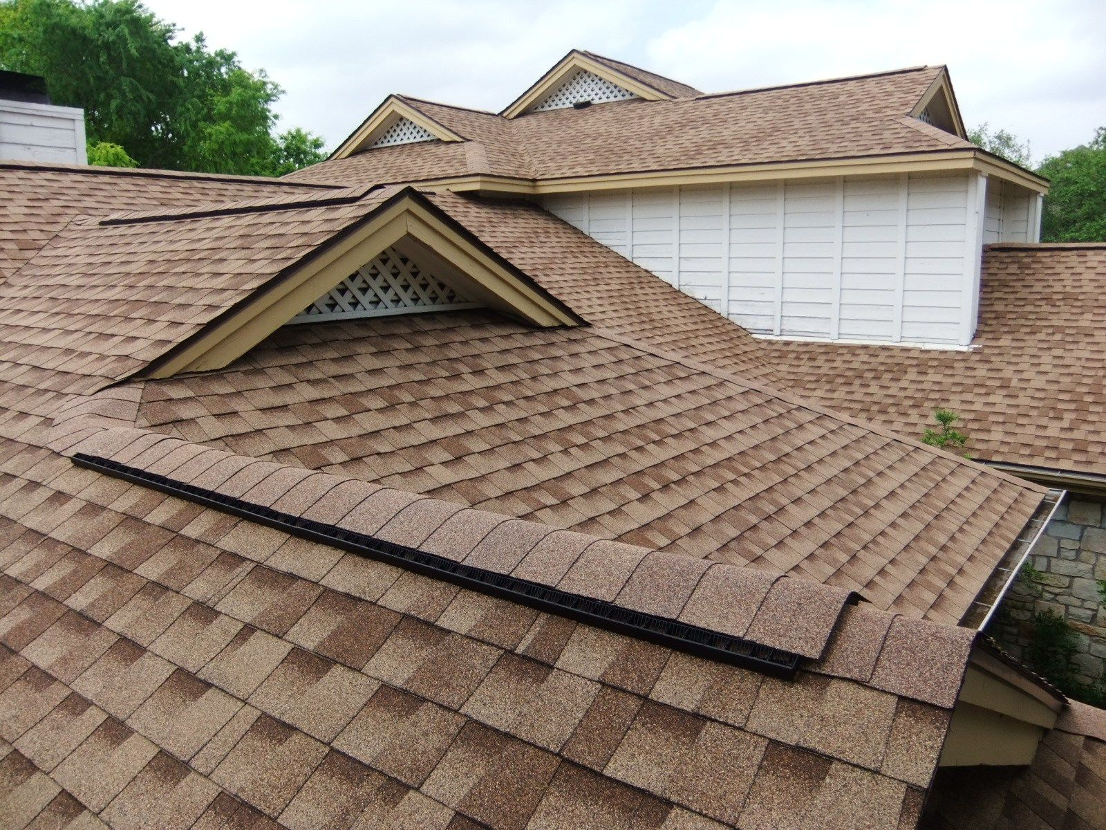 Houses, Fascinating Shingles Types Of Roofs Brown Color: Types of Roofs  Coverings