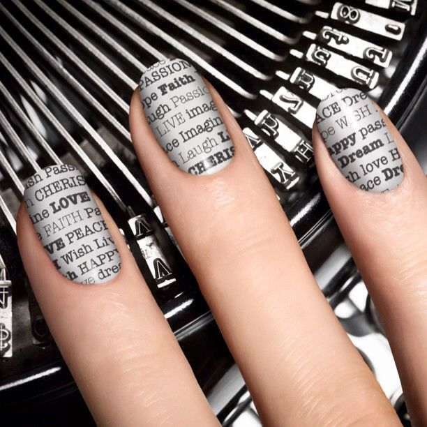 Extra! Extra! The New Black's Typography 4-piece set has everything you need for newsworthy nails!